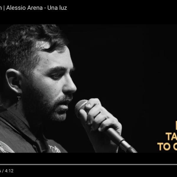 Una Luz – Alessio Arena